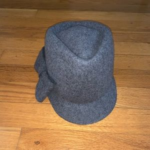 Grey Wool Hat with Bow